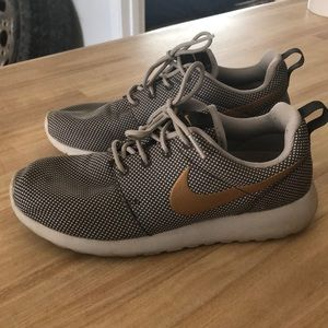 Grey and Gold Nike Roshe One